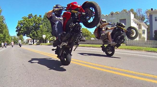 More Honda Grom wheelies and stunts