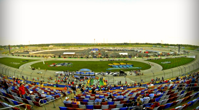 Nascar Nationwide Series at Kentucky Speedway this afternoon!
