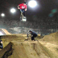 UNDER & OVER JUMP - LOUISVILLE MEGA CAVERNS - WORLD'S LARGEST INDOOR BIKE PARK