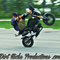 HONDA GROM STUNT SESSION - MATT, DOM & GRAMPION - MSX125 STUNTING - DIRT HICKS PRODUCTIONS