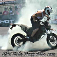ZERO ELECTRIC MOTORCYCLE STUNTS - WHEELIE, STOPPIE & BURNOUTS!  ELECTRIC DIRTBIKE STUNTING