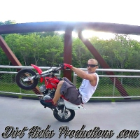 TRAVIS RAY @FIDDYFAMILY - CRF50 STUNTING - LOUISVILLE MINI BIKE LIFE - FIDDY PIT BIKE STUNTS