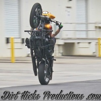 HIGHSIDELIFE SWAPPING BIKES AT THE NC MEGA SESH - ANY BIKE GANG - HARLEY, GROM, & 636 STUNTS