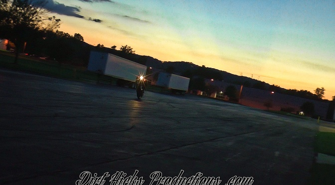EVENING HARLEY STUNTING w/ @GRAMPION @MG_STUNTS @DLB199 – HD WHEELIES AT DUSK – COCK'S STUNT PARTS
